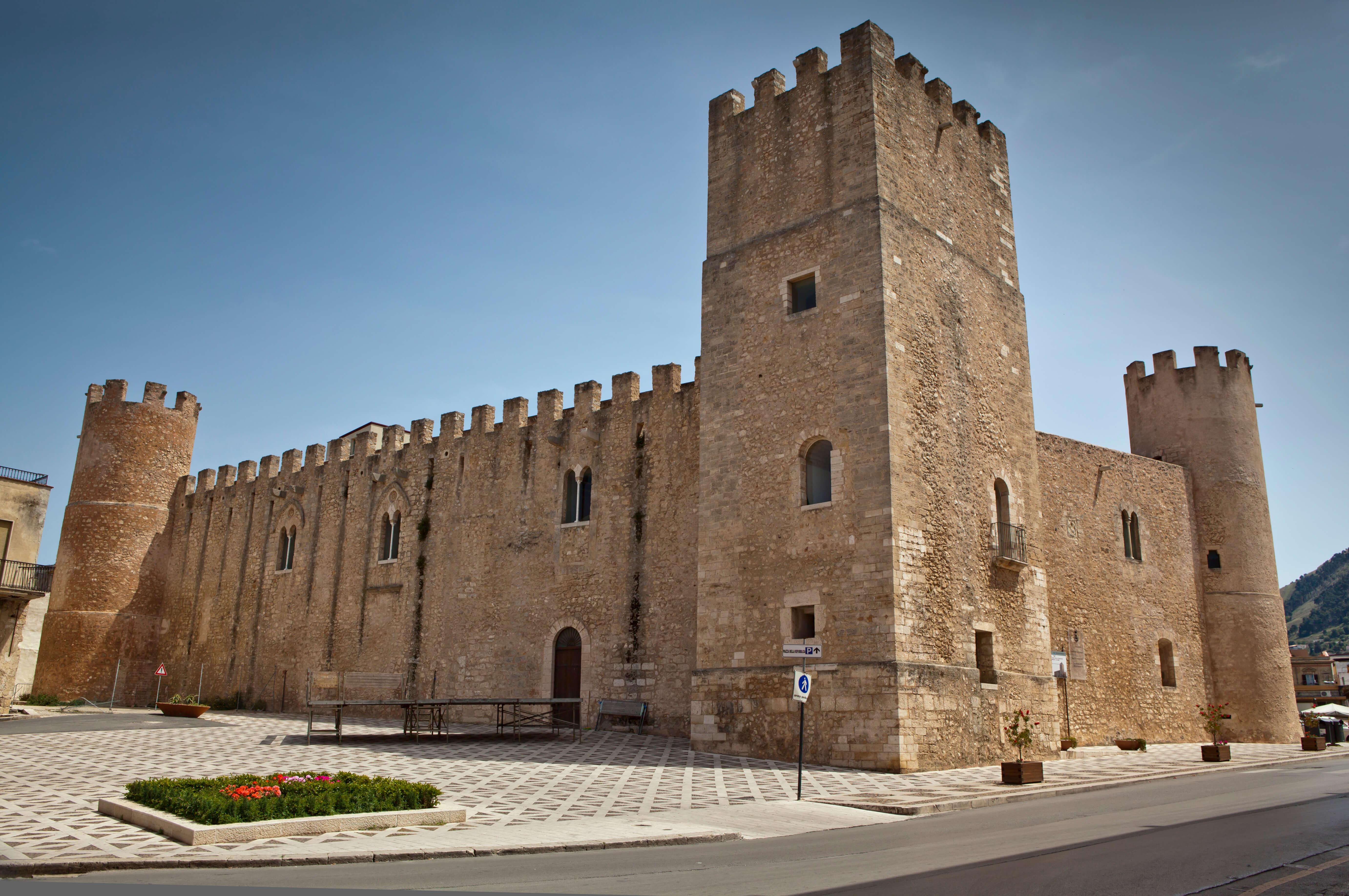 Castello dei Conti di Modica ad Alcamo